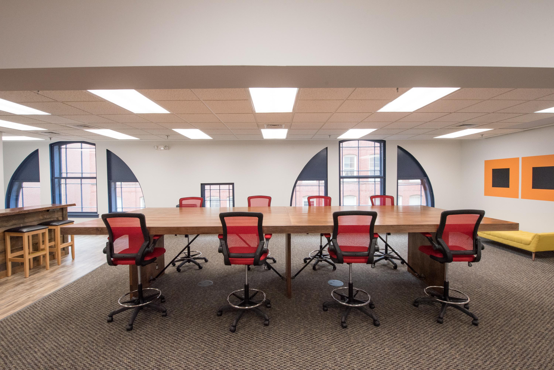 Suite 410 Open Area